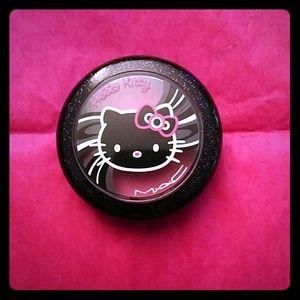 Mac - Hello Kitty Blush Tippy